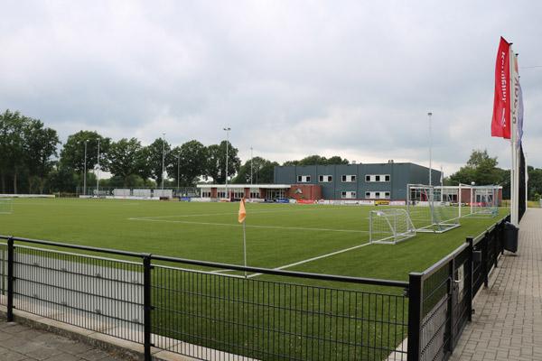 DAR Rietmolen - Voetbal hoofdveld
