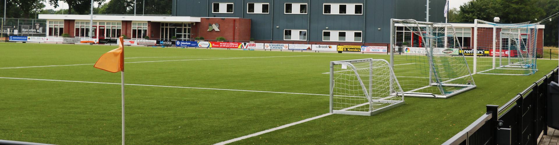 Dorpsaccommodatie Rietmolen - Voetbal hoofdveld